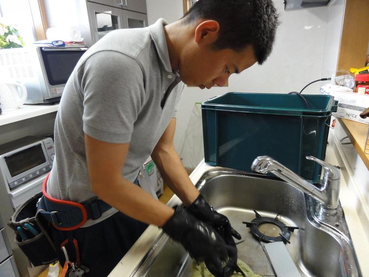 ハウスクリーニング 芦屋。豊中や神戸、伊丹や西宮の方にもいかせていただいています。もちろん大阪も!キッチン丸ごと大掃除のキャンペーン実施中